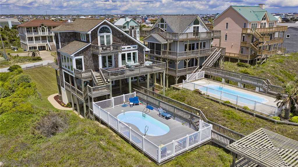 Outside view of luxury Atlantic Beach vacation rental