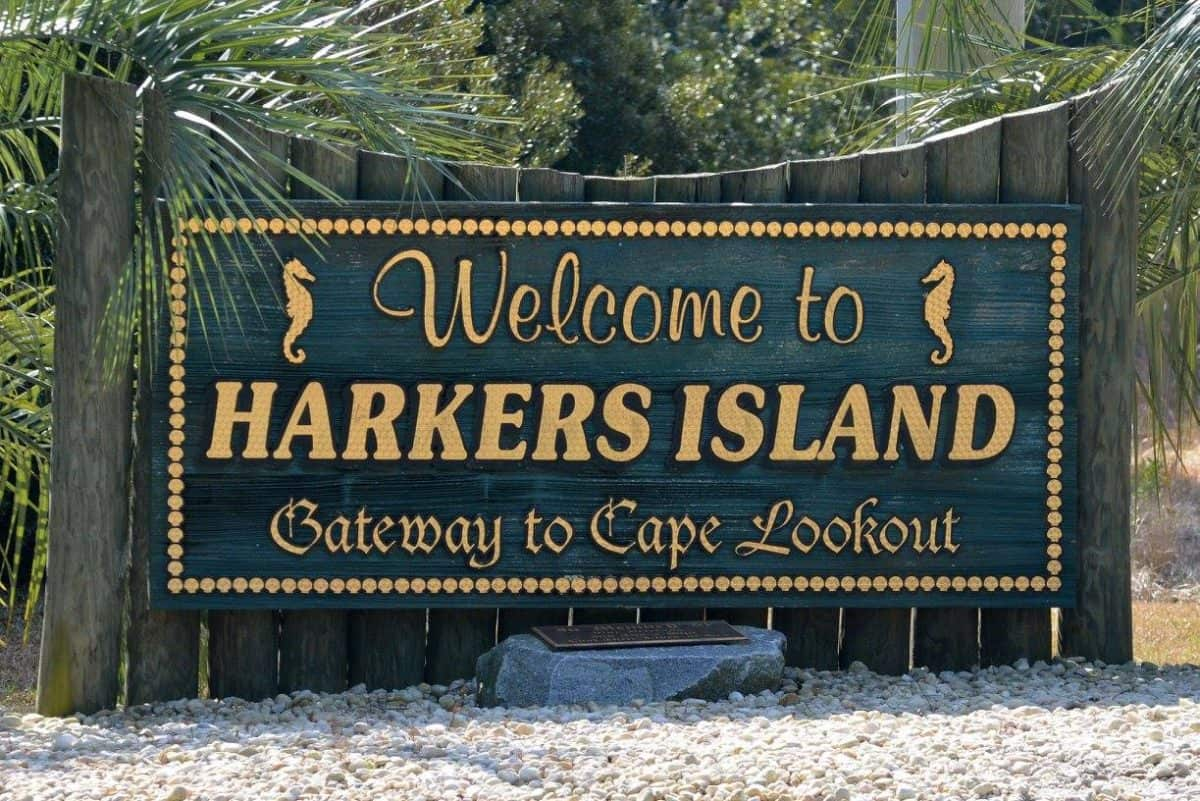 Welcome sign to Harkers Island || Spectrum Vacation Rental Properties